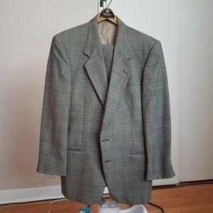 Suit mens size M, 32x30